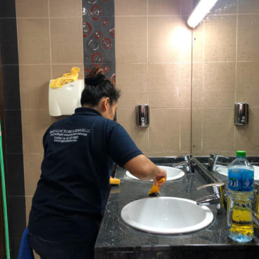 house cleaning services dubai