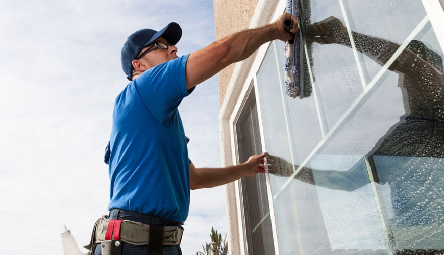 Glass cleaning services Dubai